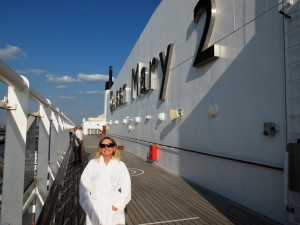 Cathy-on-the-Queen-Mary-2